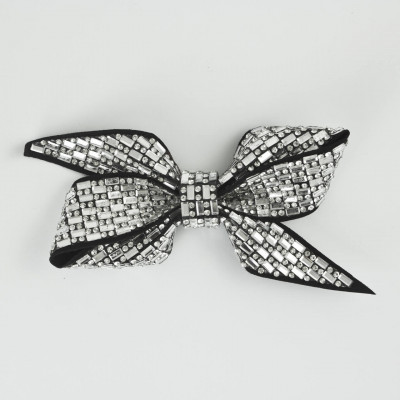 Decorative bow with strass