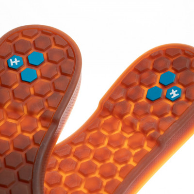ANTI VIRUS - HELSE The Healthy Outsole