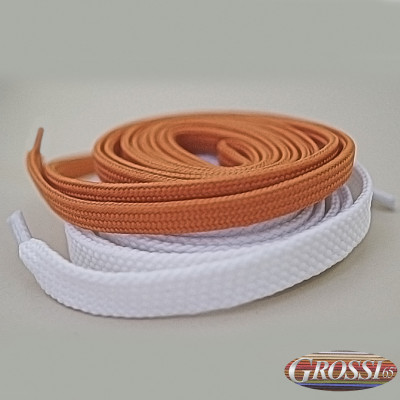 Polyester laces