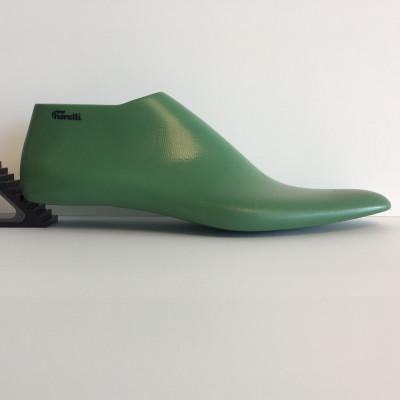 Last man n.42 laced shoe classic toe