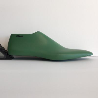 Forma uomo n.42 scarpa allacciatao classica